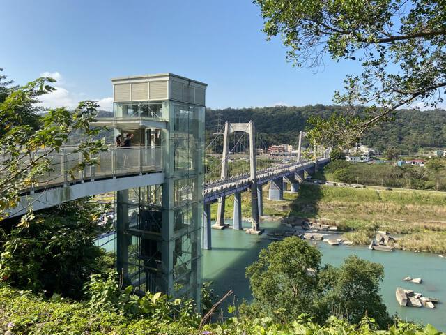 大渓橋のエレベーター